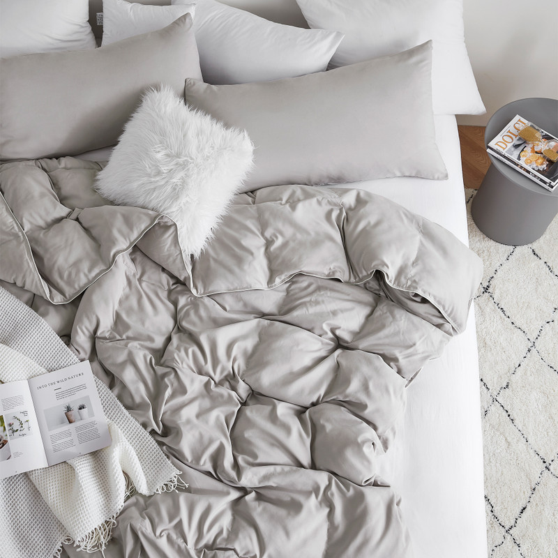 Silver Gray Oversized Supersoft Bedding Set with Matching Shams for All Season