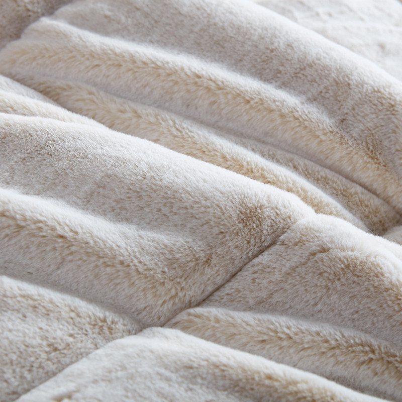 Machine Washable Twin, Full, Queen, or King Oversized Plush Bedding Blanket