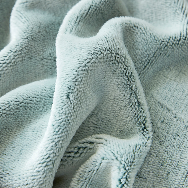Easy to Wash Luxury Plush Bedding Frosted Pine Coma Inducer Blanket
