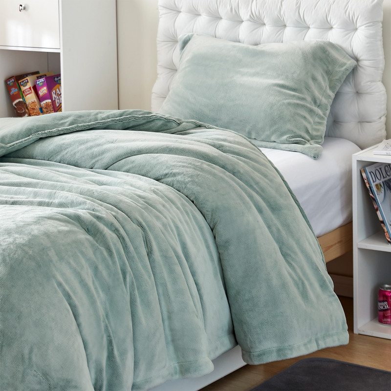 Twin XL, Queen XL, or King XL Plush Comforter with Matching Standard/Queen or King Pillow Shams