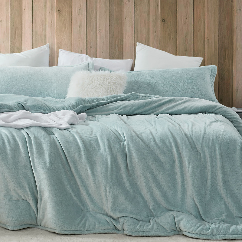 Super Soft Twin, Queen, or King Extra Large Oversized Bedspread