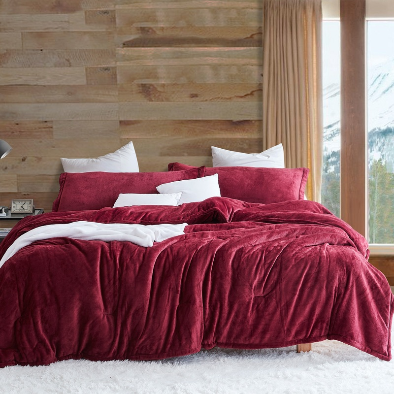 Extended Twin, Queen, or King Comforter Made with Easy to Wash Bedding Materials