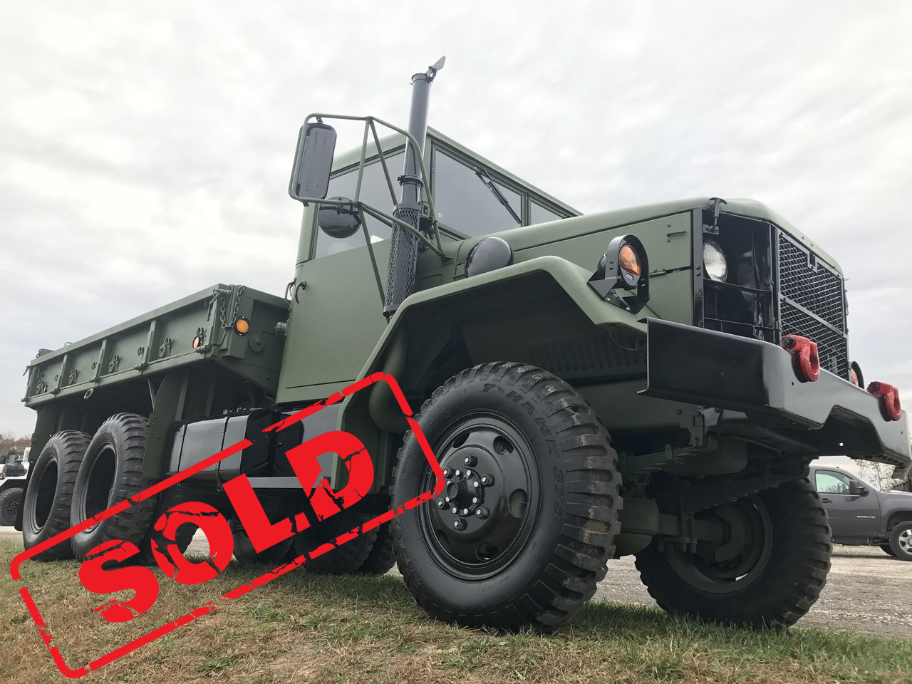 2 1/2 Ton M35A2C Hardtop 6x6 Military Truck