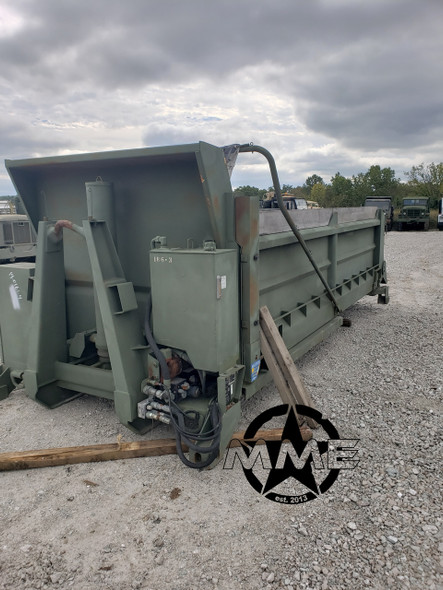 SELF CONTAINED CRYSTEEL 17.6' DUMP BODY. DESIGNED FOR HOOK LIFT SYSTEM.