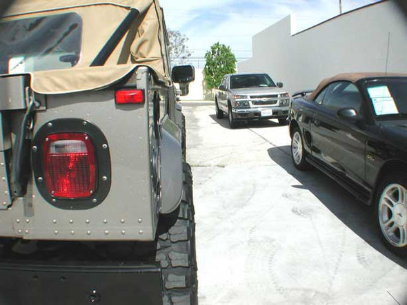 (ONE) GT / CEPEK Hummer Passenger Rear Fender Only