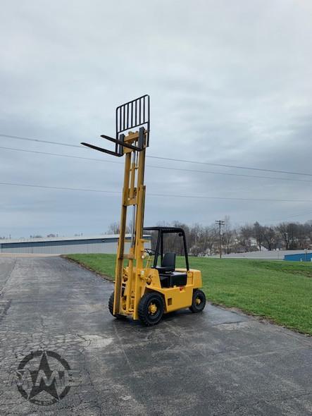 Hyster H40XL 4,000LB Lift Fork Lift