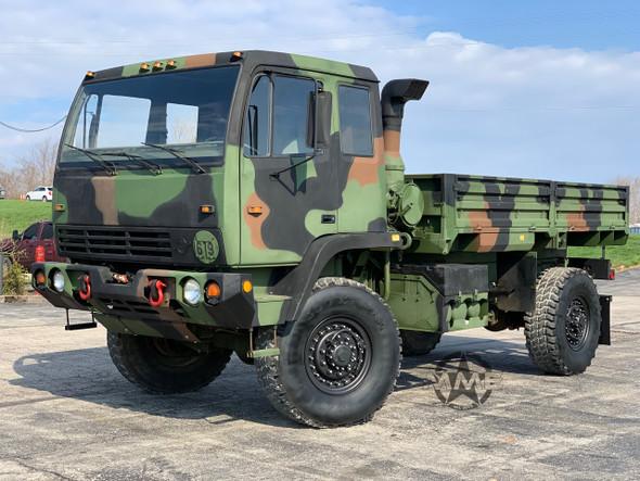 1995 Stewart & Stevenson M1078 4X4 2 1/2 Ton Cargo Truck