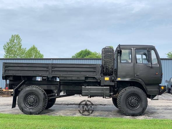 1996 Stewart & Stevenson M1078 4X4 2 1/2 Ton Cargo Truck