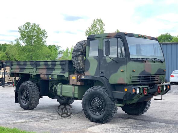 1998 Stewart & Stevenson M1078 4X4 2 1/2 Ton Cargo Truck W/Winch