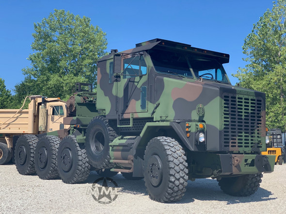 2002 Oshkosh M1070 8x8 HET Military Heavy Haul Tractor Truck