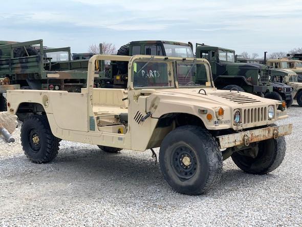 1988 AM GENERAL M998 Humvee