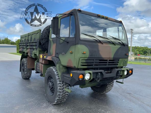 2001 Stewart & Stevenson M1078A1 LMTV 2 1/2 Ton Military Cargo Truck