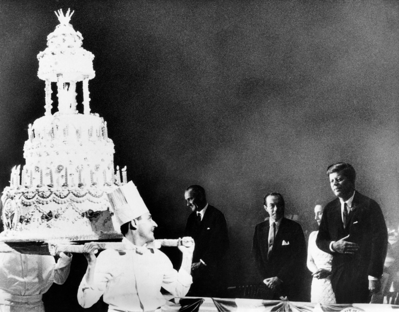 Outstanding Huge Birthday Cake For President John Kennedy The Celebrity Personalised Birthday Cards Paralily Jamesorg