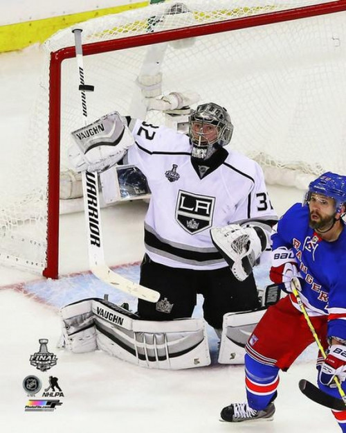 Jonathan Quick Game 3 of the 2014 Stanley Cup Finals Action Photo Print - Item # VARPFSAAQY107