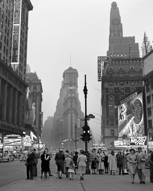 1940s Times Square At Twilight Night Looking South From Duffy Square Towards Ny Times Building Pedestrians Neon Movie - Item # VARPPI195845