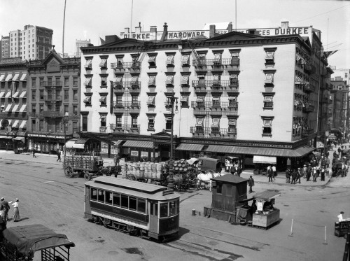 1910s-1916 The Eastern Hotel With An Edison Street Car At South Ferry Lower Manhattan New York City Usa Print By Vintage - Item # PPI195823LARGE