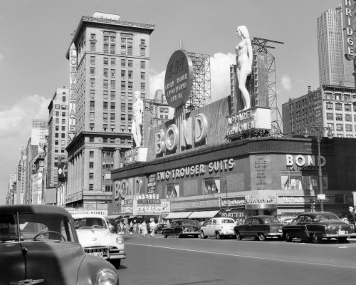 1950s New York City Times Square With Massive Bond Clothing Sign Between 44Th And 45Th Streets Print By Vintage - Item # PPI195894LARGE