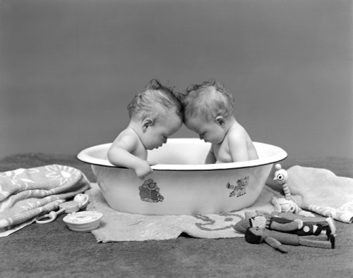 1930s Two Twin Babies In Bath Tub Looking Down Poster Print By Vintage Collection (22 X 28) - Item # PPI172408LARGE