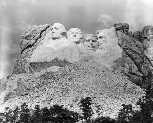 1940s Mount Rushmore South Dakota George Washington Theodore Roosevelt Abraham Lincoln Thomas Jefferson Print By Vintage - Item # PPI178806LARGE