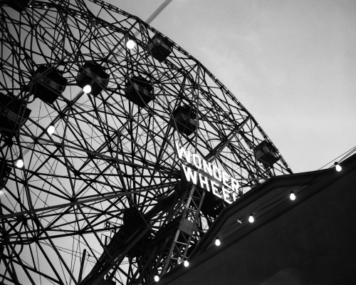 1920s Looking Up At Wonder Wheel Amusement Ride Coney Island New York Usa Poster Print By Vintage Collection (22 X 28) - Item # PPI195794LARGE