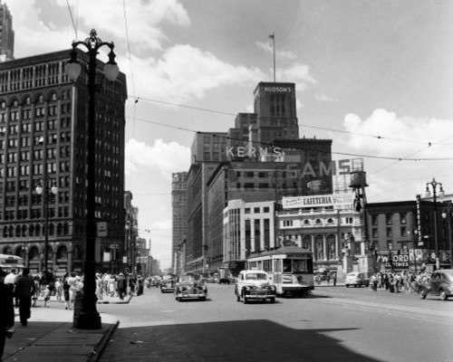 1940s Cadillac Square Detroit Michigan Usa Poster Print By Vintage Collection (22 X 28) - Item # PPI178547LARGE