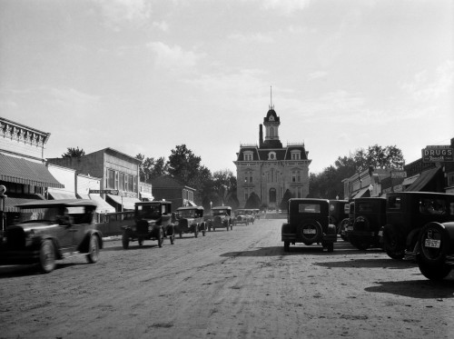 1920s-1928 View Of Cottonwood Falls Kansas Main Street With Traffic Poster Print By Vintage Collection (24 X 36) - Item # PPI195801LARGE