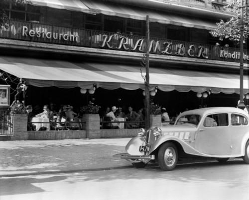 1930s Cafe Kranzler Kurfurstendamm Strasse Street Berlin Germany Poster Print By Vintage Collection (22 X 28) - Item # PPI178918LARGE