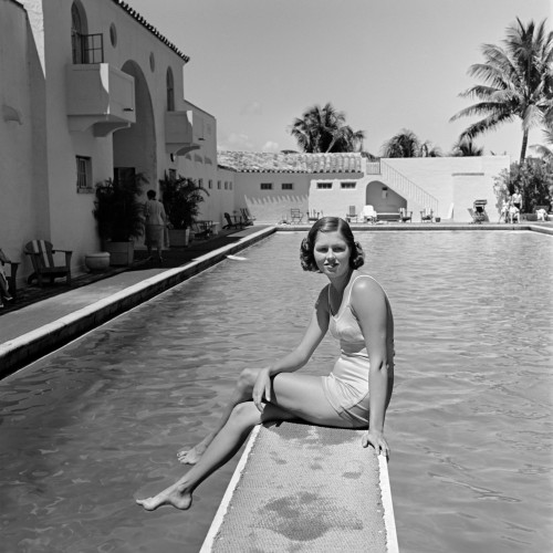 1930s Woman On Pool Diving Board Palm Tree Poster Print By Vintage Collection (24 X 24) - Item # PPI172465LARGE