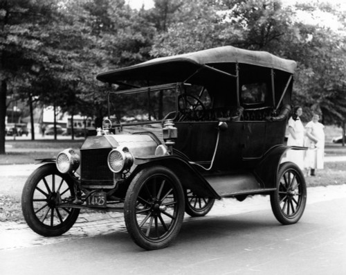 1920s Model T Ford Touring Car Automobile On Display During Parade Poster Print By Vintage Collection (22 X 28) - Item # PPI194373LARGE