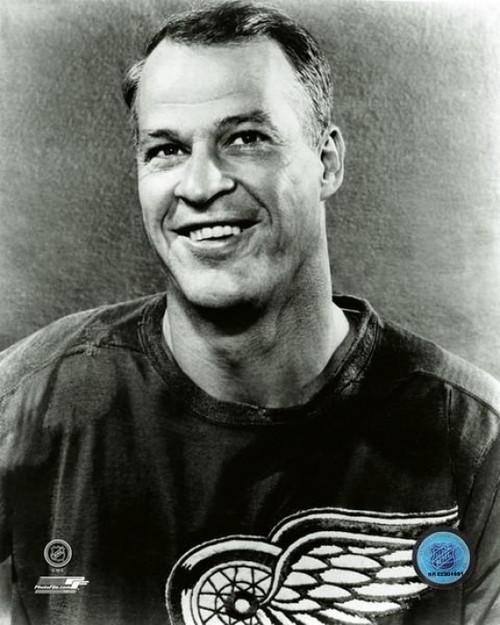 Gordie Howe 1960 Posed Photo Print - Item # VARPFSAATW125