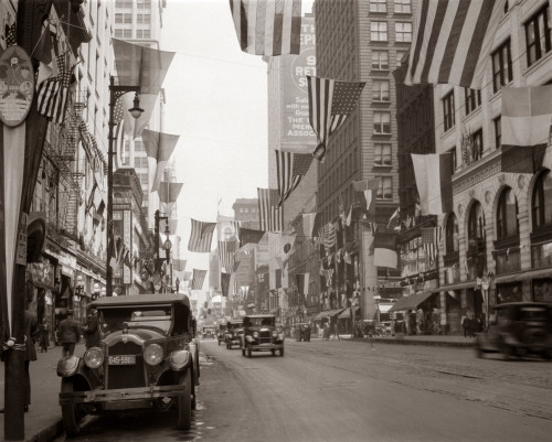 1920s-1926 Downtown Chicago State Street With American And Other National Flags Print By Vintage Collection - Item # VARPPI178456
