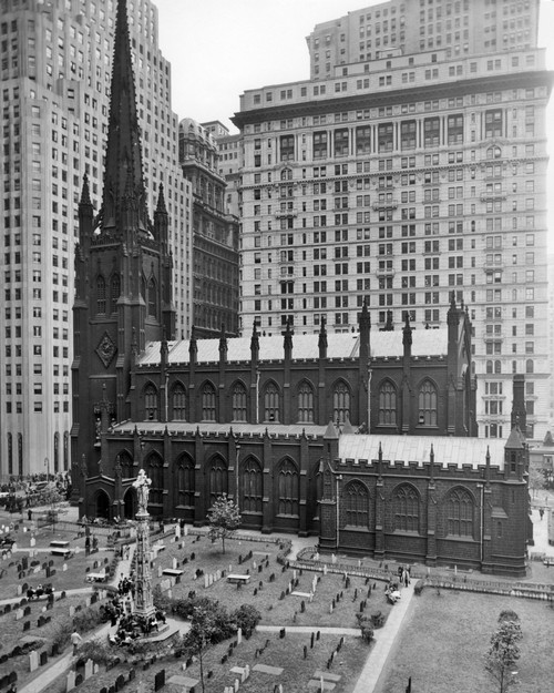 1950s Looking Down On Trinity Church Yard And Cemetery Downtown Manhattan New York City Near Wall Street Nyc Ny Usa - Item # PPI195664LARGE