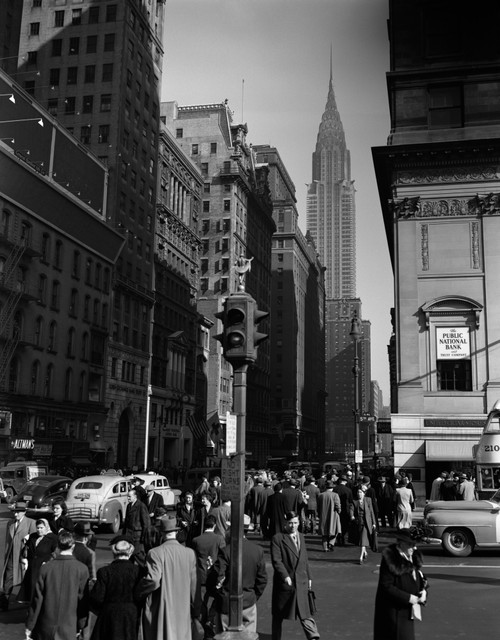 1940s Pedestrian Crowd Taxis Crossing Intersection 42Nd Street & 5Th Avenue Stop Lights Chrysler Building Nyc Usa Print - Item # PPI179627LARGE