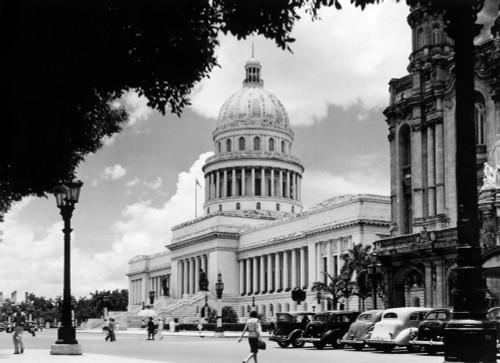 1930s-1940s The Capital Building Street Scene With Pedestrians Trees Lamps Motorcars & Sculptures Havana Cuba Print By - Item # VARPPI178747