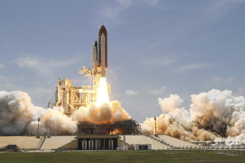 Space shuttle Atlantis lifting off from Launch Pad 39A at the Kennedy Space Center in Florida Poster Print - Item # VARPSTSTK203342S