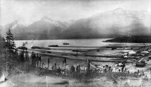 Alaska: Skagway, 1899. /Nview Of The Piers On The Taiya Inlet At Skagway, Alaska, 1899. Poster Print by Granger Collection - Item # VARGRC0111727