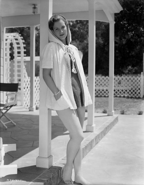 Maureen O'Hara in White Gown Portrait Photo Print - Item # VARCEL686672