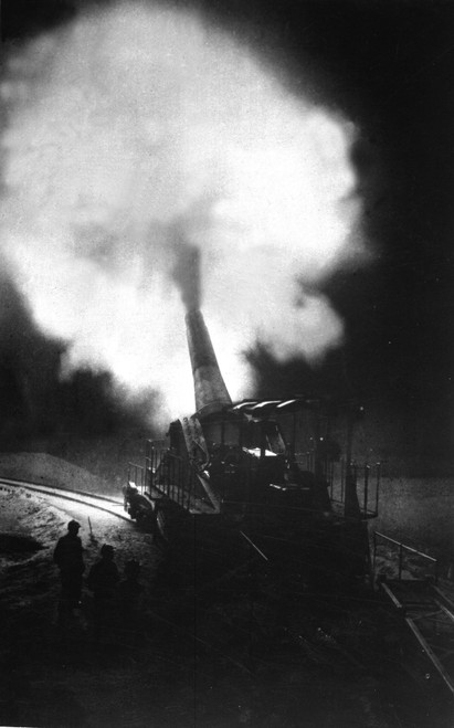 Greatest French Gun At Moment Of Firing During A Night Bombardment. The World War I Cannon Fired 12.5 Inch Shells. 1914-1918. History - Item # VAREVCHISL034EC499