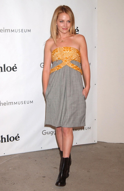 Becki Newton At Arrivals For Guggenheim Young Collectors Council Artist'S Ball, Solomon R. Gugg Enheim Museum, New York, Ny, December 13, 2007. Photo By Kristin CallahanEverett Collection Celebrity - Item # VAREVC0713DCCKH023