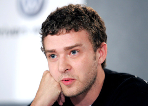 Justin Timberlake At The Press Conference For Edison Premiere At Toronto Film Festival, Sutton Place Hotel, Toronto, On, September 17, 2005. Photo By Malcolm TaylorEverett Collection Celebrity - Item # VAREVC0517SPCYL090