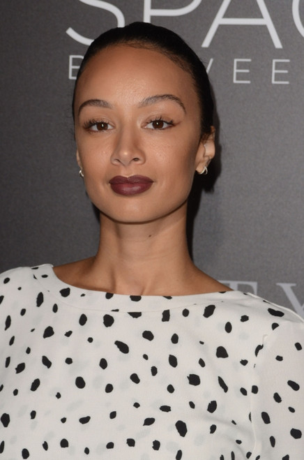 Draya Michele At Arrivals For The Space Between Us Premiere, Arclight Hollywood, Los Angeles, Ca January 17, 2017. Photo By Priscilla GrantEverett Collection Celebrity - Item # VAREVC1717J07B5046