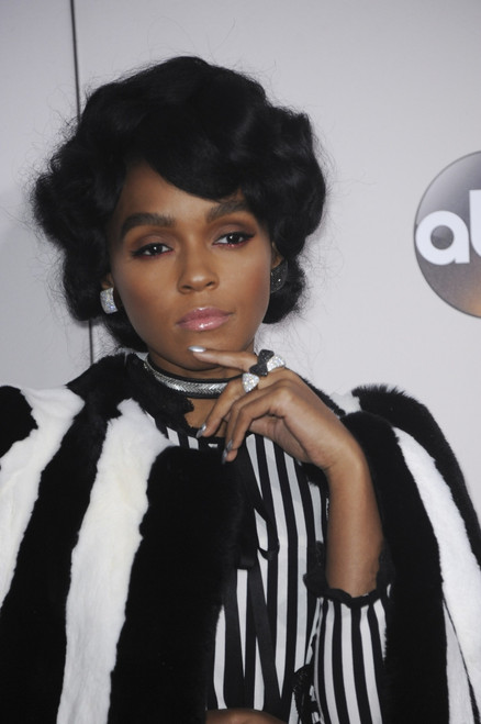 Janelle Monae At Arrivals For 2016 American Music Awards - Arrivals, Microsoft Theater, Los Angeles, Ca November 20, 2016. Photo By Elizabeth GoodenoughEverett Collection Celebrity - Item # VAREVC1620N01UH109