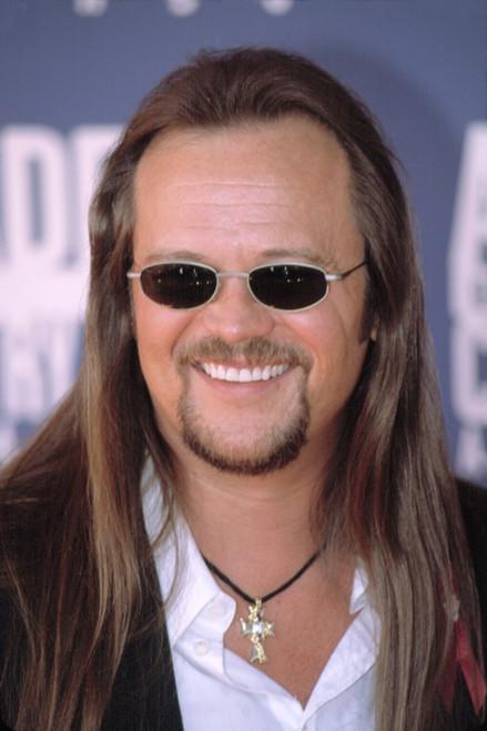 Travis Tritt At The Academy Of Country Music Awards, La, Ca 5222002. By Robert Hepler. Celebrity - Item # VAREVCPSDTRTRHR001