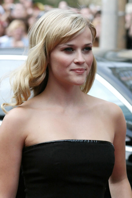 Reese Witherspoon At Arrivals For Rendition World Premiere At The 32Nd Annual Toronto International Film Festival, Roy Thomson Hall, Toronto, Canada, On, September 07, 2007. Photo By MyraEverett Collection Celebrity - Item # VAREVC0707SPFOB004