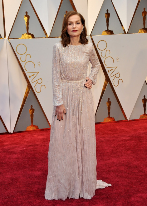 Isabelle Huppert At Arrivals For The 89Th Academy Awards Oscars 2017 - Arrivals 3, The Dolby Theatre At Hollywood And Highland Center, Los Angeles, Ca February 26, 2017. Photo By Elizabeth GoodenoughEverett Collection - Item # VAREVC1726F06UH051