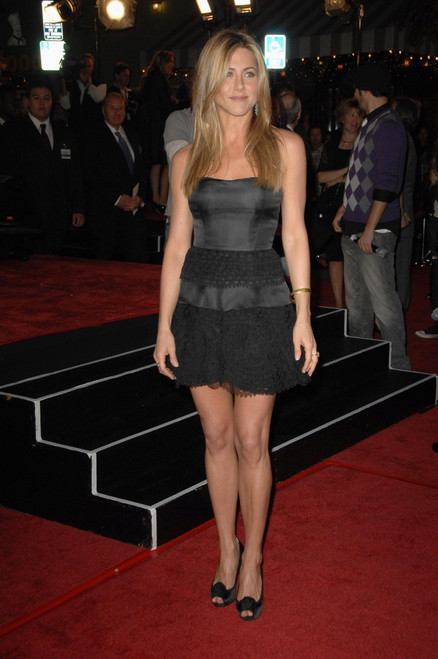 Jennifer Aniston At Arrivals For Marley & Me Premiere, Mann'S Village Theatre In Westwood, Los Angeles, Ca, December 11, 2008. Photo By Dee CerconeEverett Collection Celebrity - Item # VAREVC0811DCBDX033