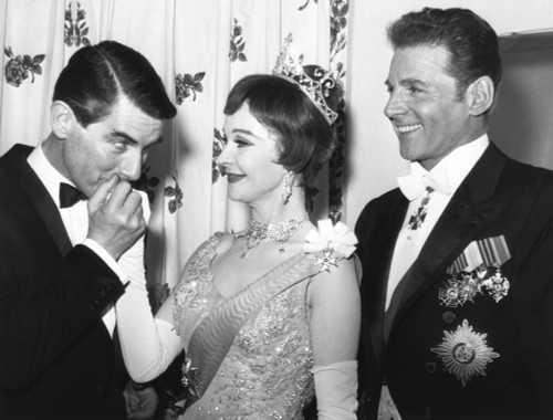Director Peter Glenville Kisses Hand Of Vivien Leigh'S Hand With Actor Jean Pierre Aumont At Right. March 18 History - Item # VAREVCCSUB002CS395