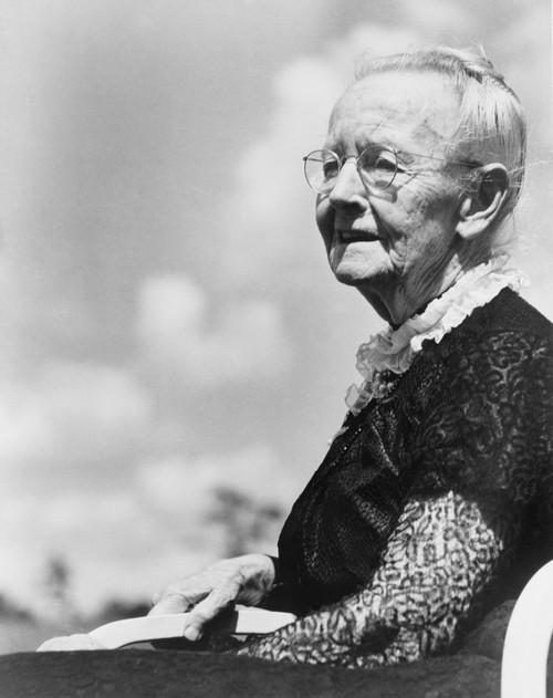 Grandma Moses History - Item # VAREVCHISL012EC050