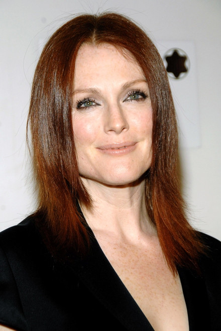 Julianne Moore At Arrivals For Savage Grace Premiere At Ny Tribeca Film Festival, BmccTrac Theatre, New York, Ny, April 26, 2008. Photo By George TaylorEverett Collection Celebrity - Item # VAREVC0826APEUG002