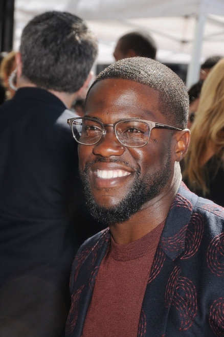 Kevin Hart At The Induction Ceremony For Star On The Hollywood Walk Of Fame For Kevin Hart, Hollywood Boulevard, Los Angeles, Ca October 10, 2016. Photo By Michael GermanaEverett Collection Celebrity - Item # VAREVC1610O02GM001